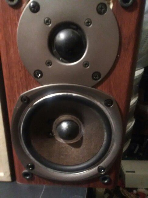 Onkyo Bookshelf Speakers Audio Equipment In OR US