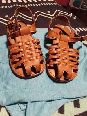 Size 8 girls huaraches for Sale in Houston, TX