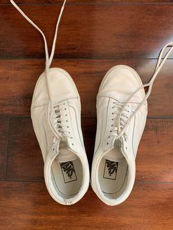 Women's White Vans Thumbnail