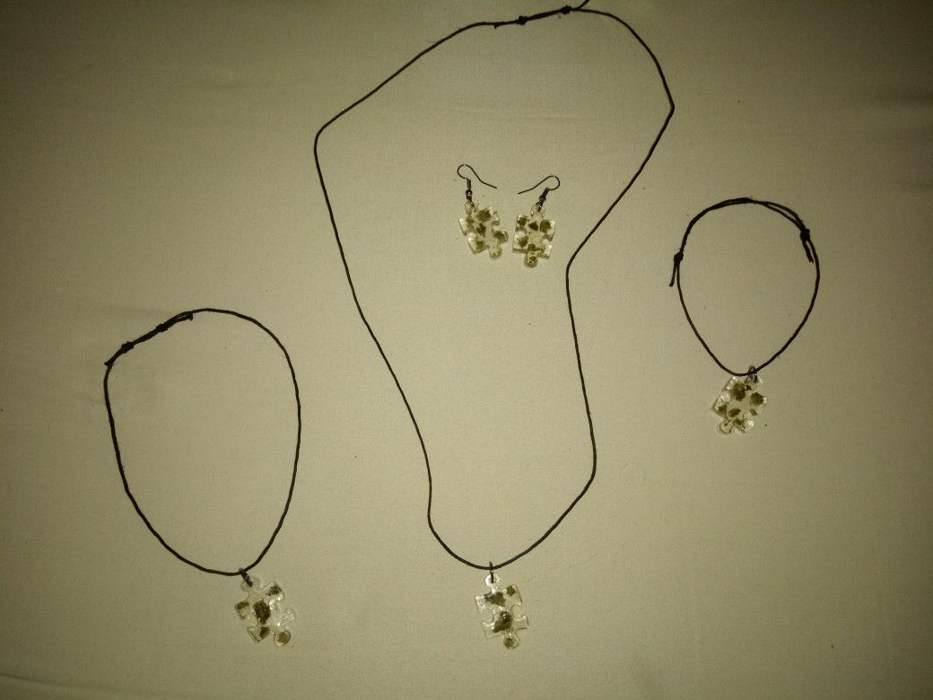 Custom-made novelty necklaces earrings bracelets and anklets