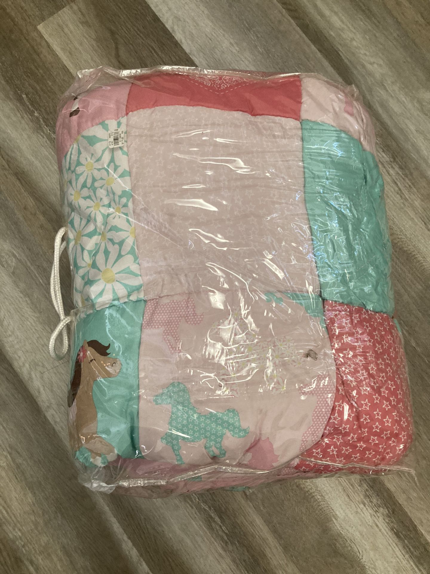 Free !!!Full Size Kids Comforter And Pillow Case