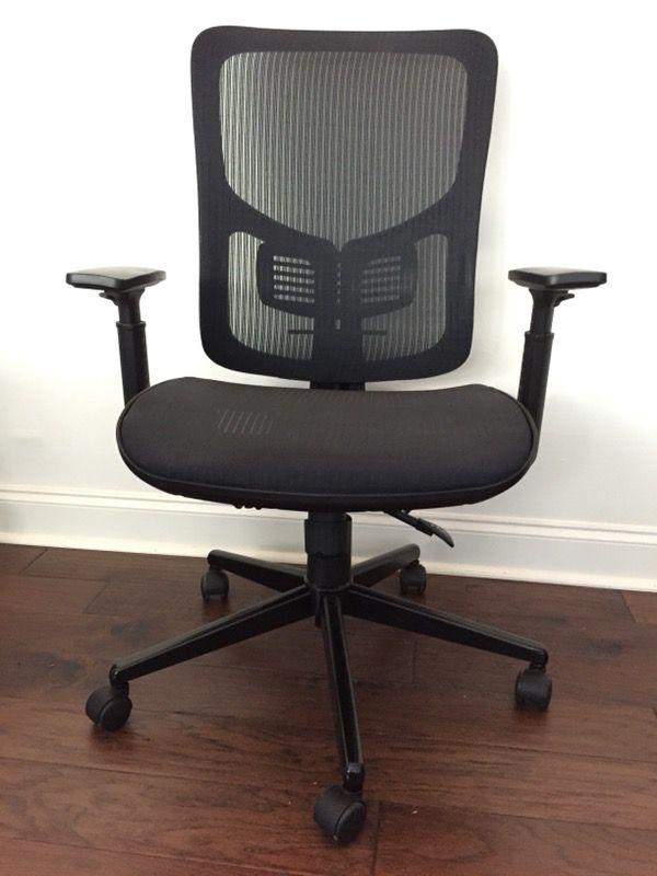 Staples Ilano Mesh Task Chair