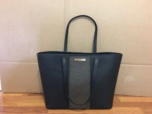 Michael Kors LG Travel Tote Leather (Black) for Sale in Vienna, VA