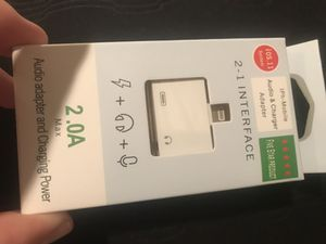 2 in 1 Lightning Audio Charger for Sale in Colesville, MD