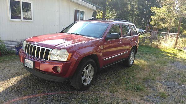 05 jeep grand cherokee 5.7 hemi ,low miles 88,219 loaded , for sale
