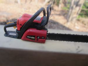 """Homelite 4217C 18"""" chainsaw for Sale in Baltimore, MD"""