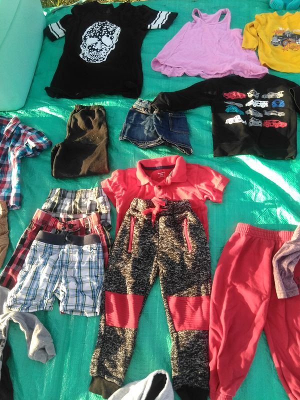 f282431eb38 Childrens clothes different sizes for Sale in Hanford