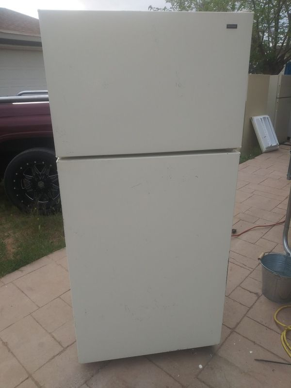 Hotpoint Refrigerator 2 For Sale In El Paso Tx Offerup