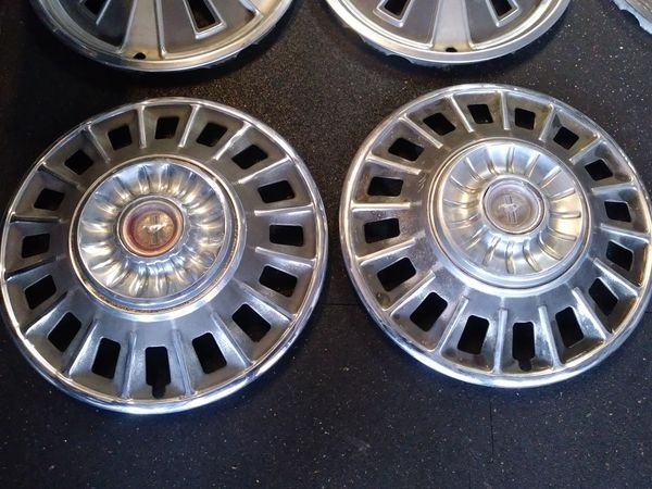 1967 1968 Ford Mustang Hubcaps For Sale In Chula Vista Ca Offerup