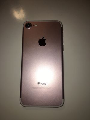 (Unlocked to any carrier) Rose gold iphone 7 128GB for Sale in Washington, DC
