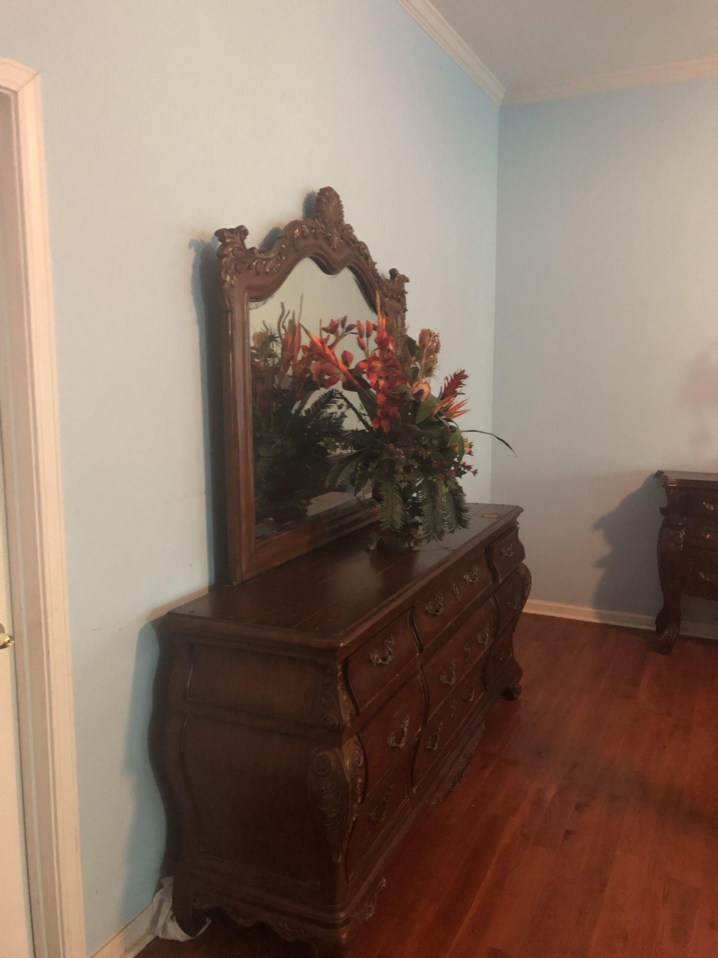 King Size Ethan Allen Bedroom Set