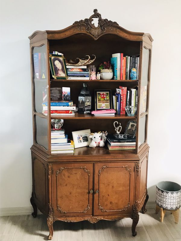 $420 OBO Dining room set! Buffet and China cabinet for ...