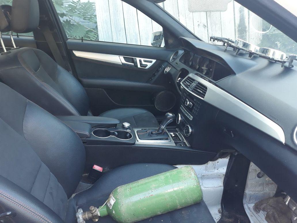 Benz C 250. 2014 part only