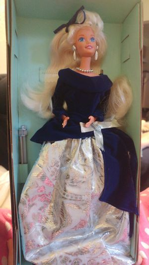 Winter Velvet barbie- vintage collectable for Sale in Pittsburgh, PA