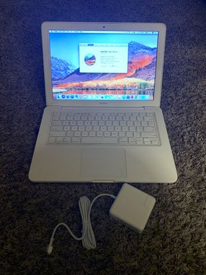 Photo Apple MacBook Laptop Computer (2009) / A1342 / 4GB RAM / 320GB Hard Drive / New Battery / Used Charger / Extra Software /