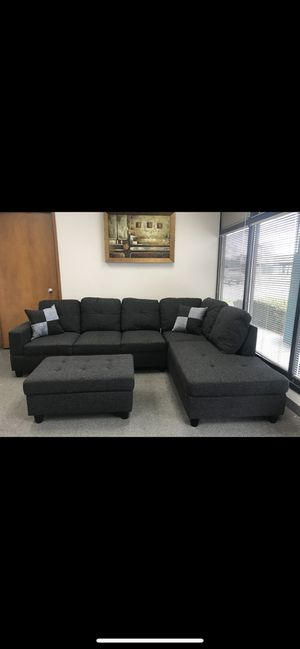 New Dark Grey Linen Sectional Sofa With Ottoman for Sale in Renton, WA