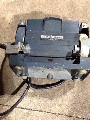 Photo Like new 1980s Montgomery Wards 5 3500AMP grinder/buffer