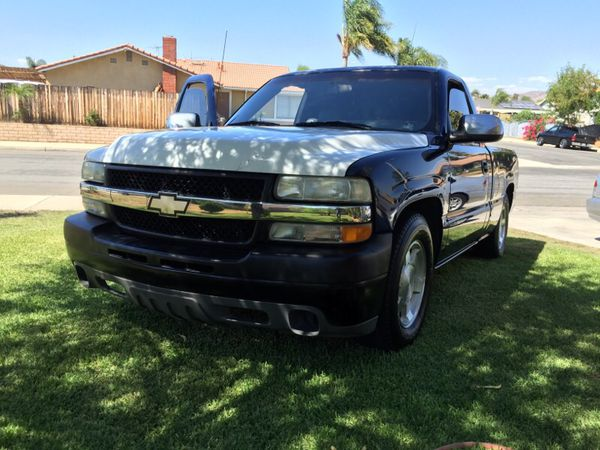 99-02 HD z71 front end ,hood ,grill, complete bumper no ...