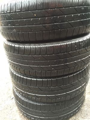 4 pair off used tire 205/70/15 all is $120 for Sale in Leesburg, VA