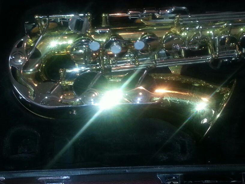 Nice Yamaha YAS 23 student saxophone