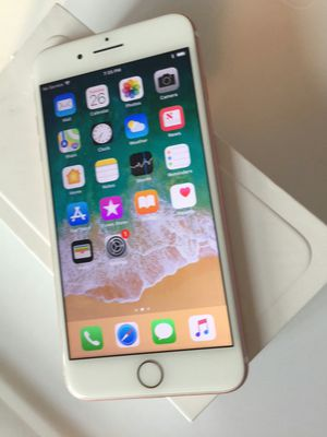 IPhone 7 Plus, Factory unlocked, Excellent condition for Sale in Arlington, VA