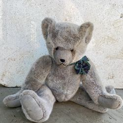 Vintage 1930s Wind Up Teddy Bear..Marked 1 out of 581 Thumbnail