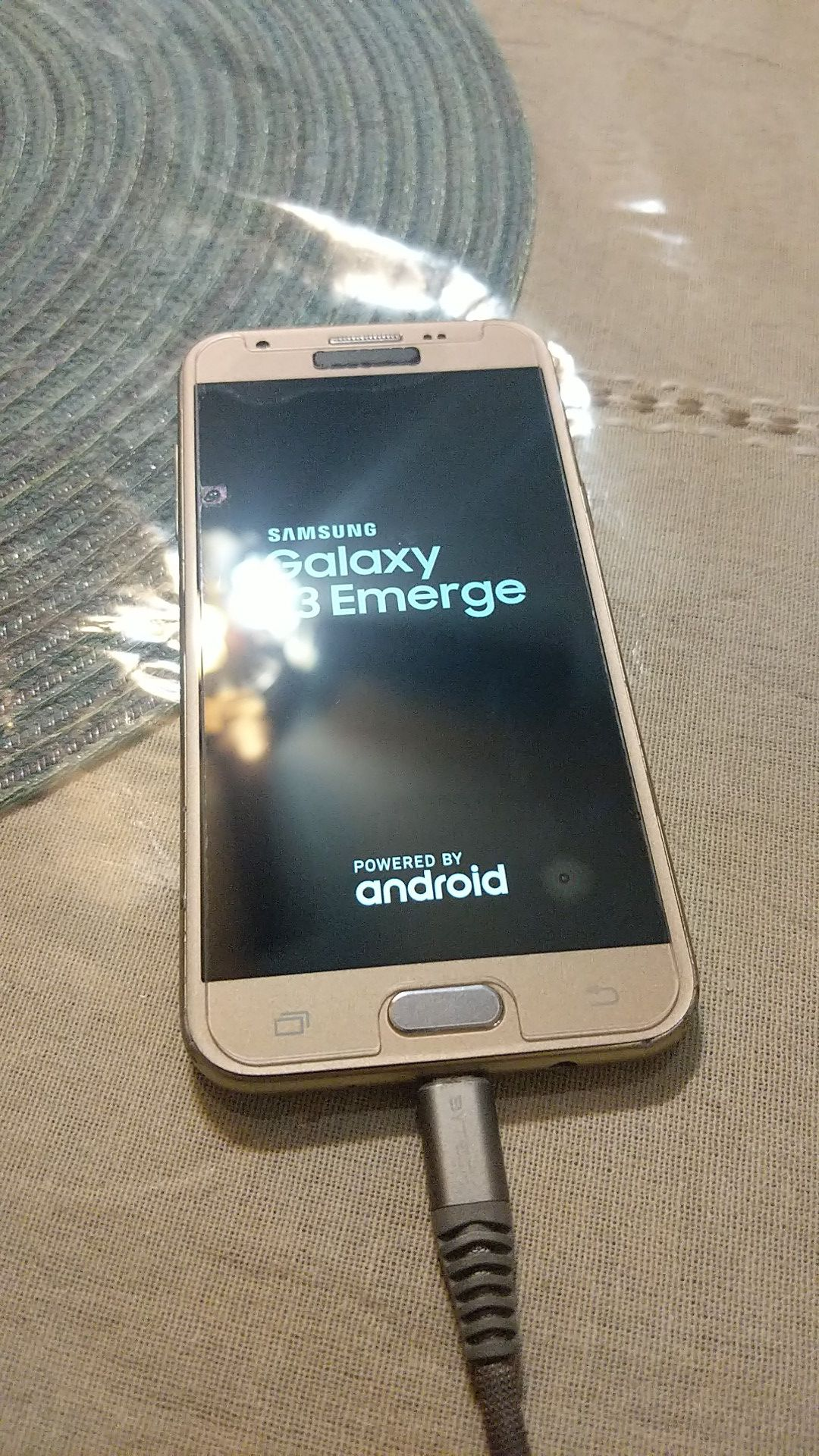 Samsung J3 emerge