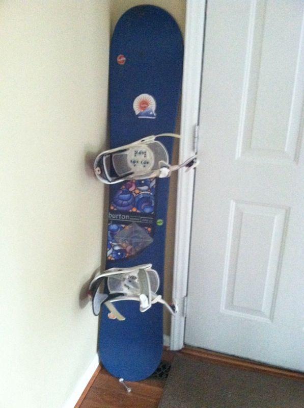 23ec5915954 Burton motion 56 snowboard for Sale in Kernersville