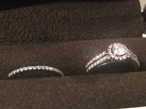 Photo Engagement Ring Set With Transferable Warranty
