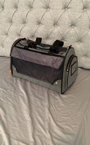 Small Grey and Rose Gold Pet Carrier for Sale in Warwick, RI