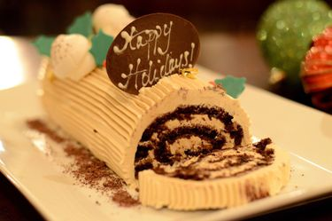 Hi for your new year French bûche contact us Thumbnail