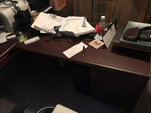 LOWERED PRICE!!! Cherry Executive L Shaped Desk, Hutch, & Credenza for Sale in Pittsburgh, PA