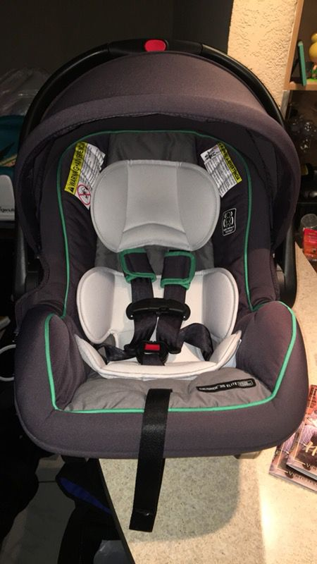 Graco Snugride 35 elite infant car seat- lake green (Baby & Kids) in ...