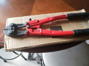 """12"""" inch bult cutter for Sale in Willow Spring, NC"""