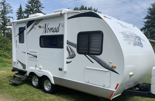 2010 Nomad by skyline 18 foot travel trailer with slide ...
