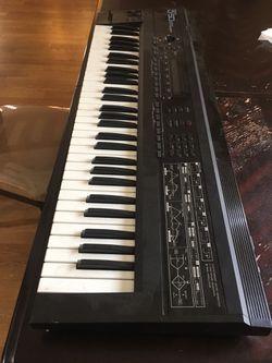 Roland D50 Synthesizer Thumbnail