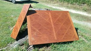 Nice dining table with leaf for Sale in Blackstone, VA