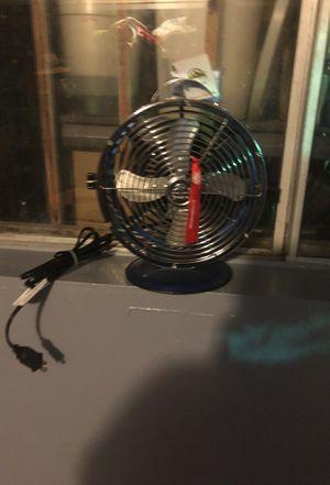 New desk fan. Very good air flow. for Sale in Bell Gardens, CA
