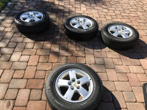 Mitsubishi outlander 2007 rims and tires for Sale in Davenport, FL