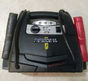 Instant Power Battery Charger for Sale in Tampa, FL