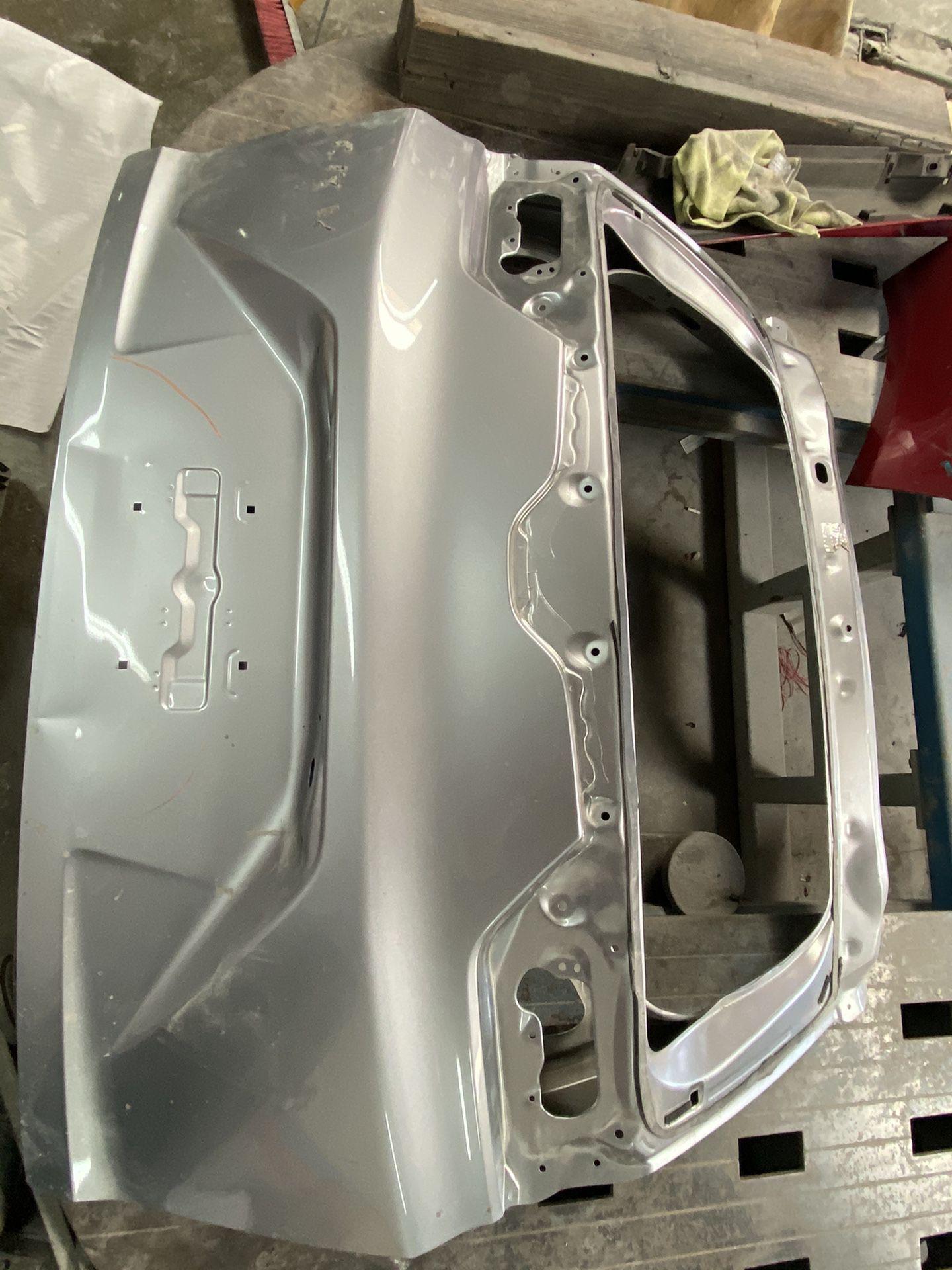Honda 17-19 crv tailgate