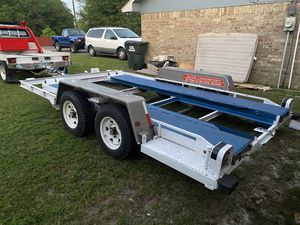 Photo U-haul Car Trailer