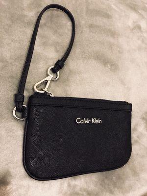 Calvin Klein wristlet for Sale in Orlando, FL