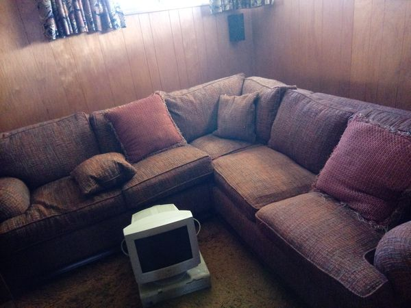 Awesome Walter E E Smithe Sectional With Ottoman Furniture In Dailytribune Chair Design For Home Dailytribuneorg