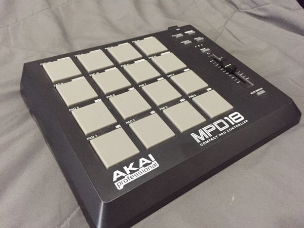 AKAI MPD18 for Sale in San Diego, CA - OfferUp