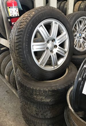 Range Rover wheels and tires for Sale in Brentwood, MD