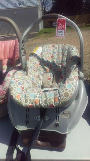 Graco car seat for Sale in Chesapeake, VA