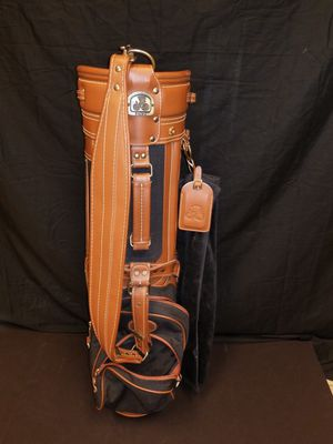 Daiwa Leather Golf Bag- LIKE NEW CONDITION for Sale in Austin, TX