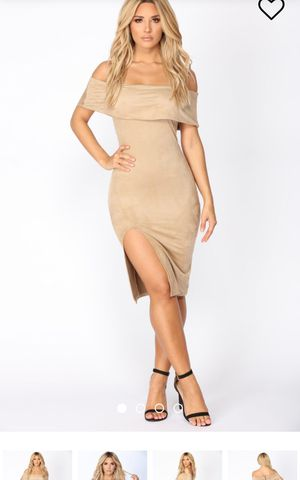 Fashion Nova Dress (more than the eye meets) for Sale in Gaithersburg, MD