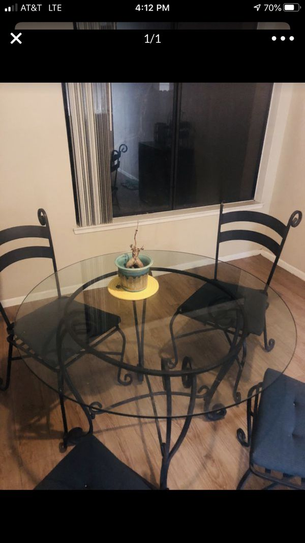 Pottery Barn Glass Table And 4 Chair Set Looks Brand New